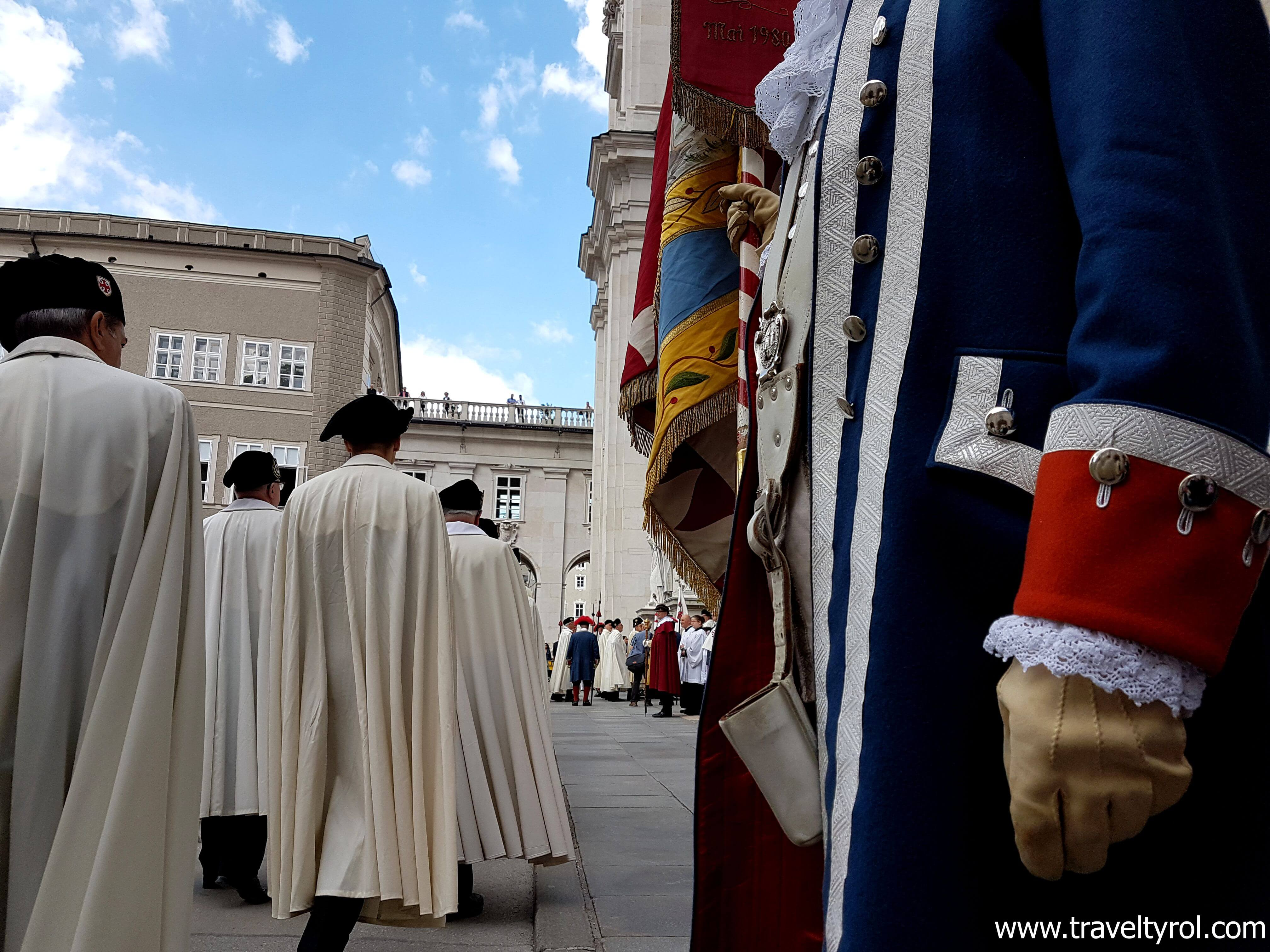Knights arrive at the Salzburg Cathedral which is included in the Salzburg Card.