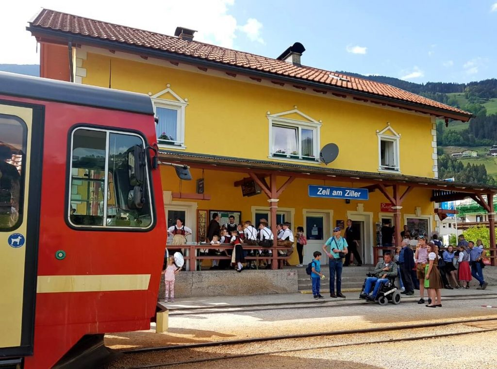 Train Zell am Ziller