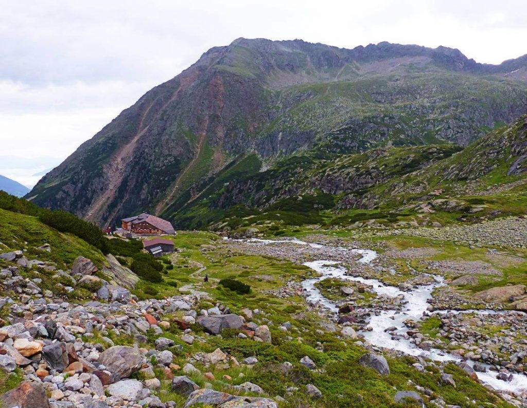 Sulzenau Hut